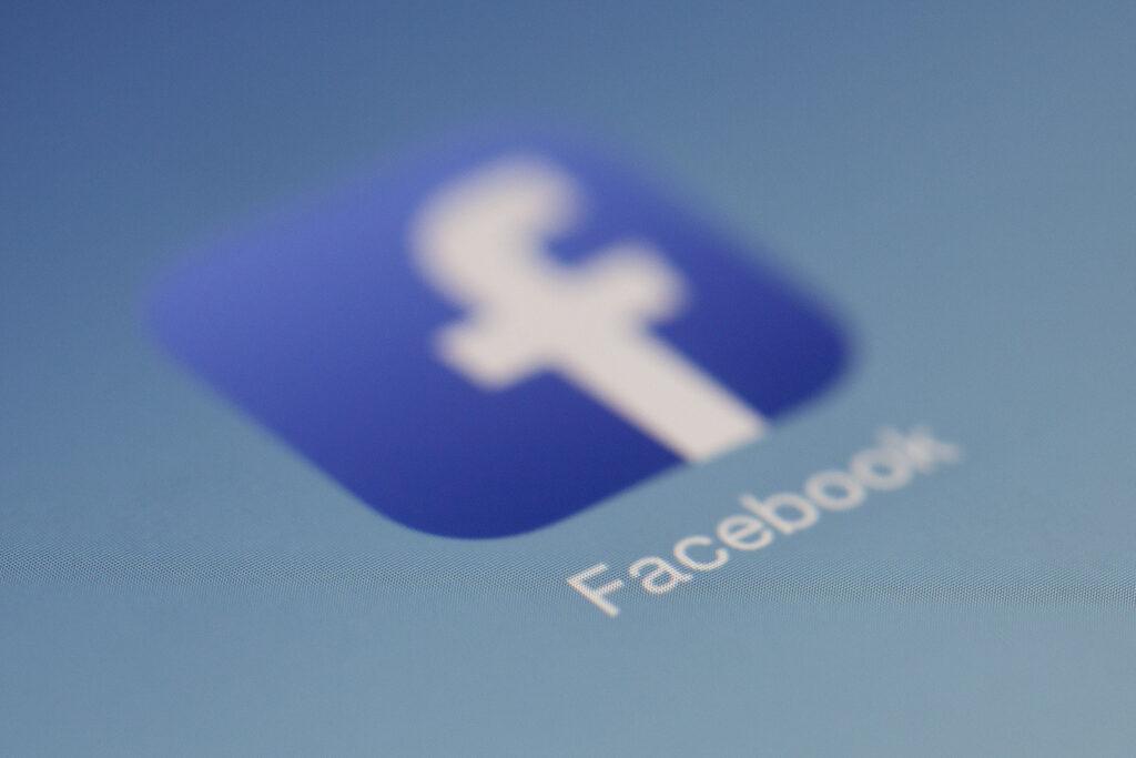 Embedding Facebook posts on your website or blog
